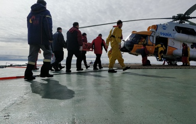 <p>PANH Helicopters provides emergency medical services to evacuate personnel of mobile offshore drilling unit (MODU) in the Kara Sea</p><s class=